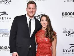 Aly Raisman Reveals She     s Been Secretly Dating Colton Underwood     People The couple looked    really happy together    inside the ceremony  a source tells PEOPLE     He had his arm around her throughout the dinner and they laughed a