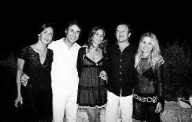 María Antonia, Fernando Porcar, Ana, Tomi Motas y Eugenia Martñinez de Irujo en la fiesta de cumpleaños / RUBEN E. IBÁÑEZ - 2008-09-07_IMG_2008-08-31_01.21.23__76-DIB-31082008