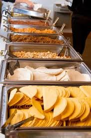 Wedding Reception Buffet Menu Ideas by Like The Round Table At The End For Plates Decorated With Some