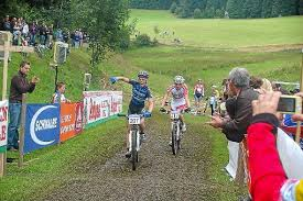 Lars Koch (rechts) musste beim \u0026quot;Kids-Cup\u0026quot; in Urach den Tagessieg in der U15 dem Schweizer Manuel Zobrist überlassen. Foto: JunkelFoto: Schwarzwälder-Bote - media.media.ea8f711c-264f-4069-b51d-69d236d361e2.normalized