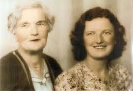... Caroline Cox and Myra Pearson - 43Kb jpg - 1821cox_caroline_and_pearson_myra