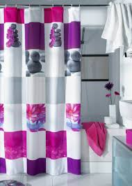 Different bathroom curtain ideas