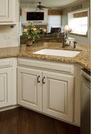 Refinishing Kitchen Cabinets Best 20 Antique Kitchen Cabinets Ideas On Pinterest Antiqued