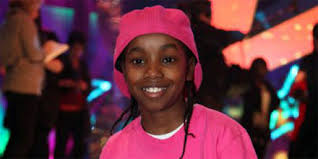 """The new series on Disney Channel is about best friends CeCe Jones (Bella Thorne) and Raquel """"Rocky"""" Blue (Zendaya) whose dreams of becoming professional ... - akai-osei-pink-hat-tshirt"""