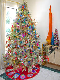 Christmas Tree Ideas 2015 Diy 10 Totally Outrageous Retro Christmas Trees Retro Christmas Tree