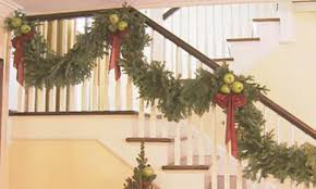 Homes With Christmas Decorations by Christmas Decorations