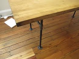 marybicycles diy scavenged butcher block tabletop on cast iron