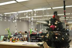Office Decoration Theme Office Christmas Decorating Ideas Office Decorating Ideas With