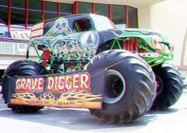 bigfoot monster truck wiki grave digger 10 monster trucks wiki fandom powered by wikia