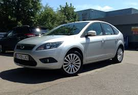 ford ford focus 1 6 titanium 5dr in silver 2009 for sale at