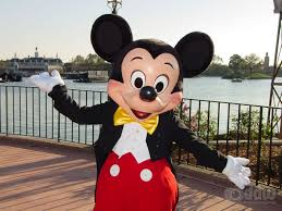 mickey mouse at walt disney world