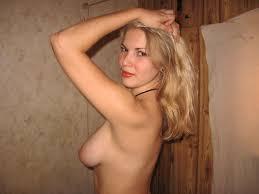 russian Bare com  Nude-Self-Shot Sweet russian girl naked outdoors.jpg