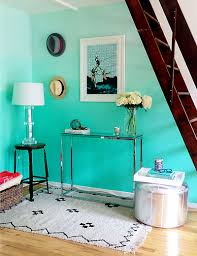 Turquoise Wall Paint Called As The Royal Color HomesFeed - Turquoise paint for bedroom