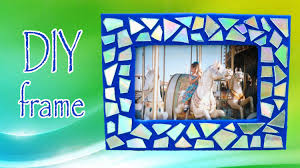 diy room decor make a mosaic frame with old cds youtube