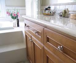 Kitchen Cabinet Door Knobs And Handles by Benefits Kitchen Cabinet Handles Vwho