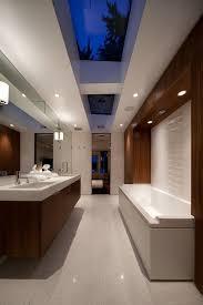 Bathroom Interior Design Ideas by Best 25 Modern Master Bathroom Ideas On Pinterest Double Vanity