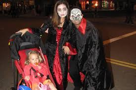 spirit halloween store visalia ca best places to trick or treat in and around los angeles