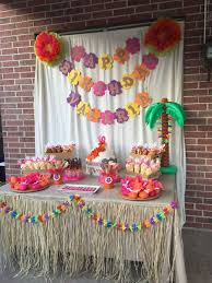 Decoration Themes Best 25 Hawaiian Party Decorations Ideas On Pinterest Luau