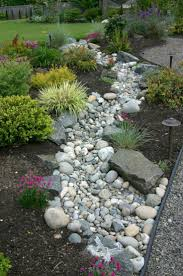 Small Rock Garden Pictures by Best 25 Landscaping With Rocks Ideas On Pinterest Easy