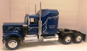 kenworth truck models revell kenworth w900 lightning express under glass big rigs