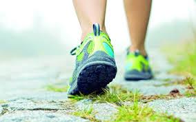 المشي أفضل التمارين المرهقة النوادي