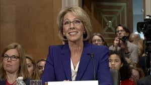 betsy devos speech at hbcu bethune cookman met with boos turned