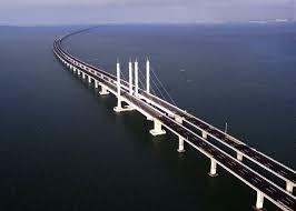 Jambatan terpanjang di dunia di Qingdao, China