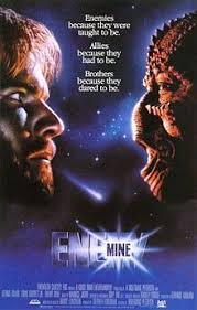Enemigo mío (1985)