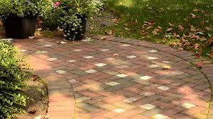 walkway ideas for backyard cool cheap backyard ideas fantastic backyard ideas on a budget