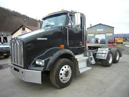 kenworth trucks for sale 2005 kenworth t800 tandem axle day cab tractor for sale by arthur