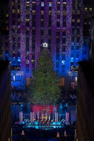 swarovski star shines atop the 2013 rockefeller center christmas