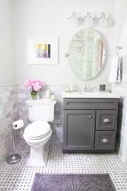 Bathroom Cabinet With Mirror And Light by Best 25 Small Bathroom Mirrors Ideas On Pinterest Bathroom