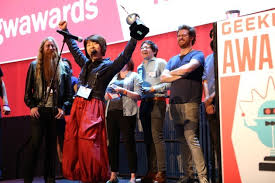 Siren CEO Susie Lee celebrates the app     s win at the      GeekWire Awards