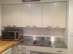 Retro Metal Kitchen Cabinets by Ann Recreates The Look Of Vintage Metal Kitchen Cabinets In