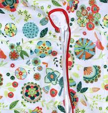 Tablecloth For Umbrella Patio Table by Amazon Com Outdoor Tablecloths Umbrella Hole With Zipper Patio
