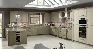 fitted kitchens bathrooms berkshire