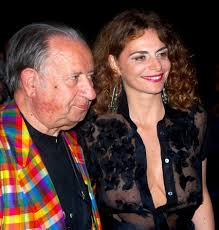 Tinto Brass ha svelato alcuni dettagli del suo prossimo lavoro: il film, che ancora non ha un nome, sarà ambientato a Treviso e racconterà la storia di un ... - Tinto-Brass-Caterina-Varzi