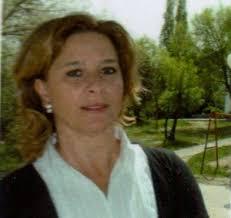 Ana María Cordero Castillo nació en Villanueva de la Serena (Badajoz) en 1961. Es profesora de yoga, reflexóloga diplomada y risoterapeuta. - cordero-castillo-ana-maria_big