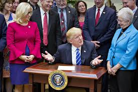 trump desk trump was made to sign bills on a very small desk yesterday the