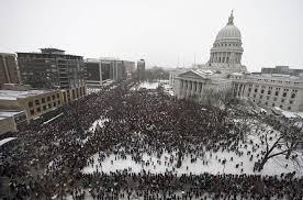 Multitudinaria manifestación en Mádison el pasado 12 de marzo