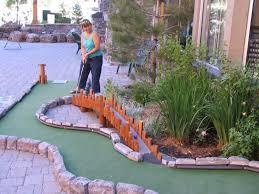 Backyard Golf Hole by Best 25 Miniature Golf Ideas On Pinterest Putt Putt Kids Golf