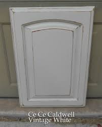 How To Paint Kitchen Cabinets Like A Pro Using Chalk Paint For Oak Kitchen Cabinets Test Door Oak