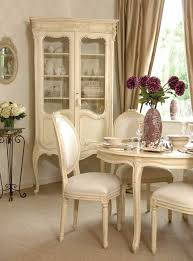 Country Style Dining Room Best 25 Cream Furniture Ideas On Pinterest Cream Living Room