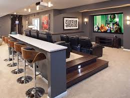Interior Design For Home Theatre by Best 25 Home Cinema Projector Ideas On Pinterest Home Cinema