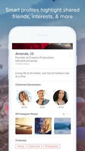 The Best Dating Apps for iPhone  amp  Android in      Cellphones ca Tinder offers a simple to use interface and free messaging  a rarity among dating apps  Just swipe right or left to decide who to chat with