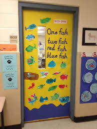 one fish two fish red fish blue fish by dr seuss door