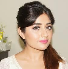 you glamorous natural makeup for indian skin