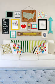 How To Decorate Walls by How To Decorate A Playroom 2740