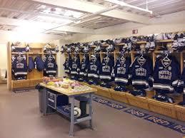 notre dame hockey locker room dream home ideas pinterest