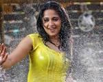 Indian Tamil Actress: Actress Anushka VS Shreya – Best Pic
